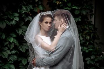 Лайфхак невесте и жениху: где заказать свадебного фотографа в Новосибирске