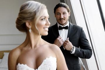 Крутой свадебный фотограф Alexander Dubynin — живые образы, яркие цвета и профессиональный подход.